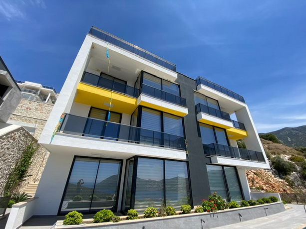 2 Bedroom Luxury Duplex Apartment with Panaromic  Sea View  For Sale