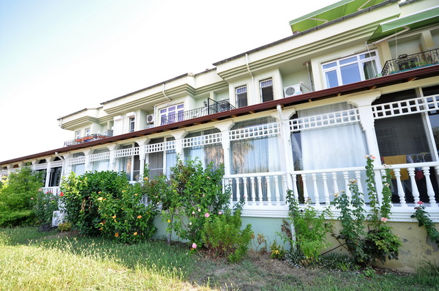 1 Bedroom Ground Floor Calis Apartment Near Amenities For Sale
