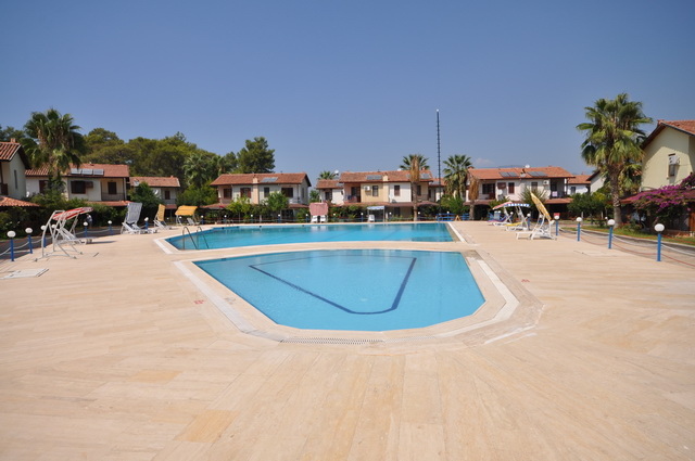 calis-villas-fethiye-2-bedroomshared-pool-im-120810