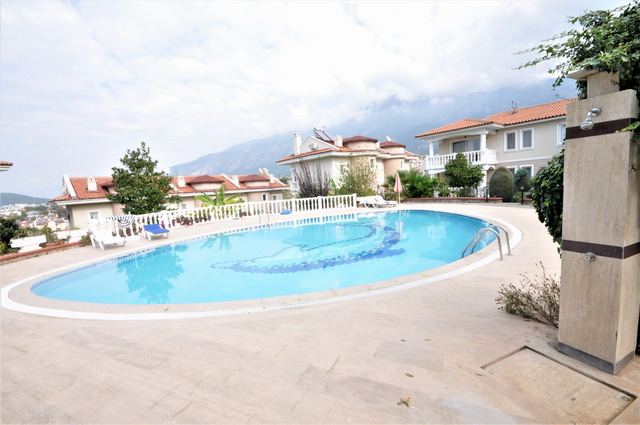 2 Bedroom  Duplex Apartment with Communal Pool For Sale
