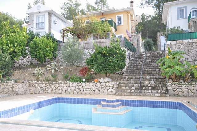 3 Bedroom Duplex Villa with Shared Swimming Pool