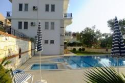 Apartments and garden 1