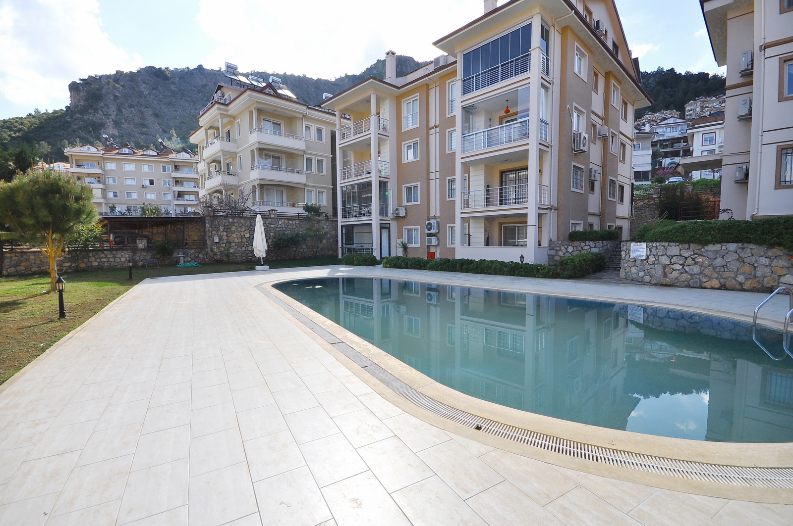 3 Bedroom Fethiye Apartment with Communal Swimming Pool