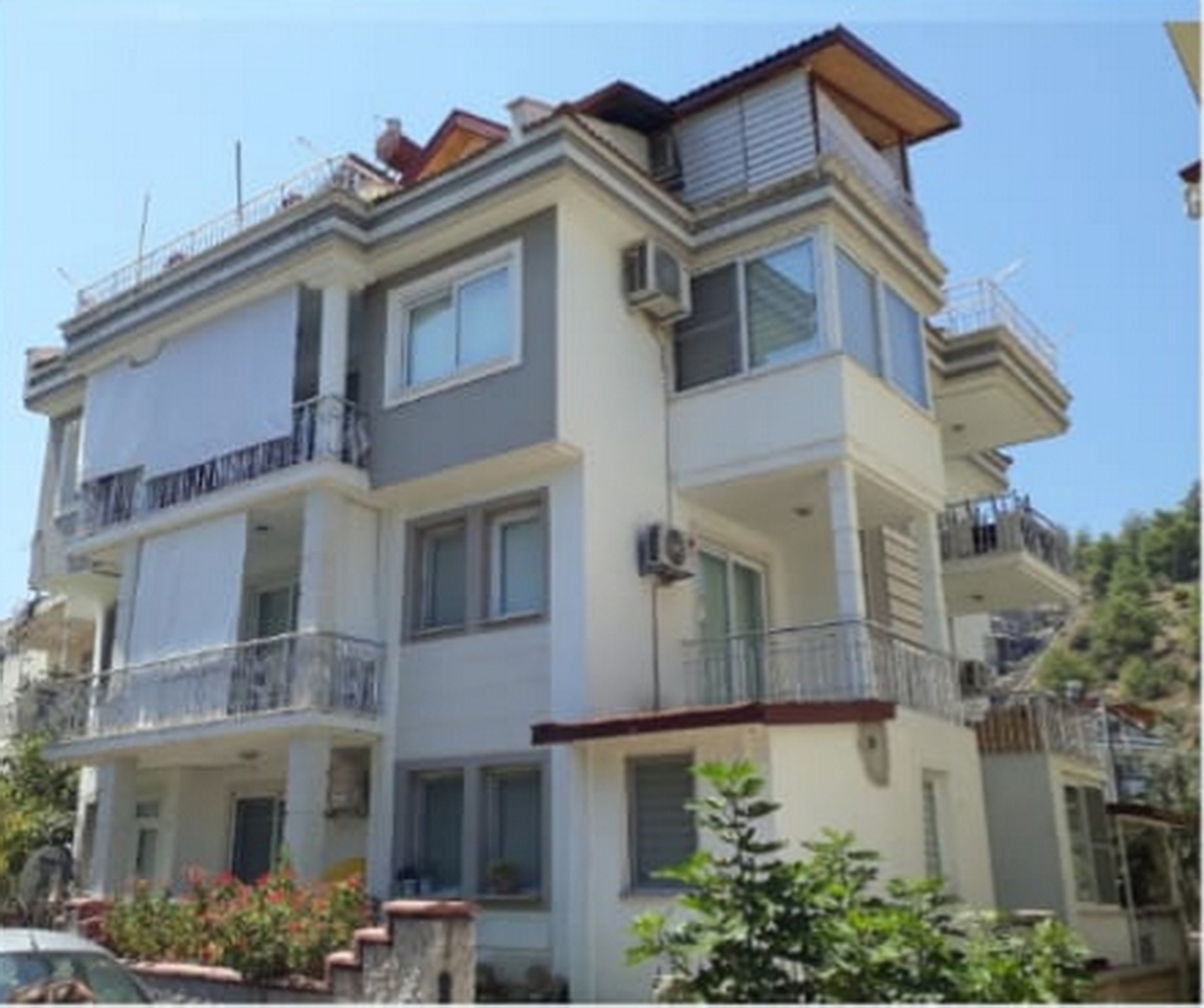 Great Price for 3 Bedroom Duplex Apartment in Fethiye Town