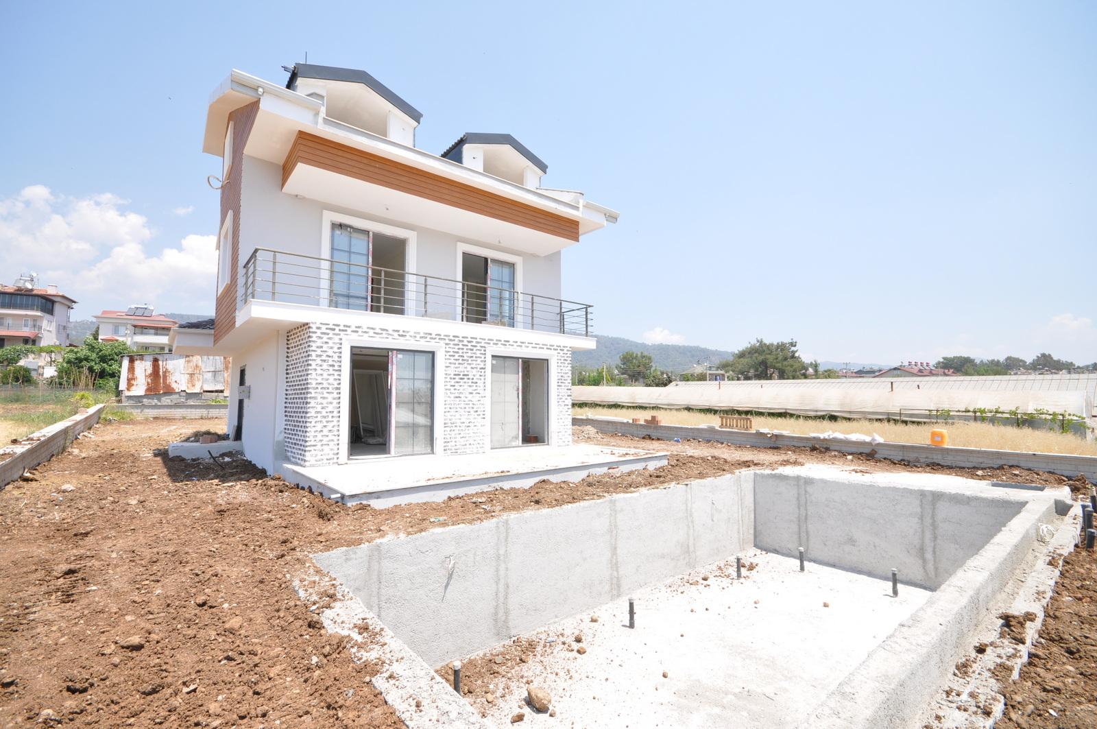 New Build Well Presented 4 Bedroom Villas in Ciftlik