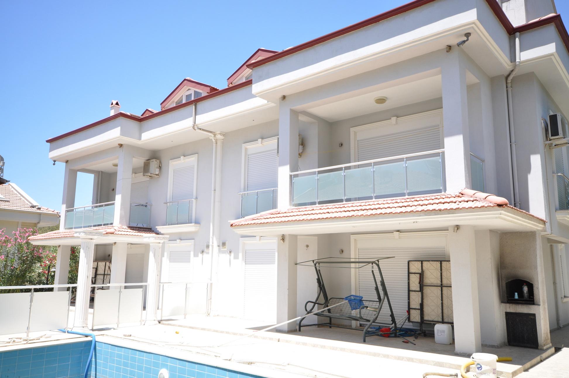 Private 5 Bedroom Semi Detached Villa for Sale in Hisaronu