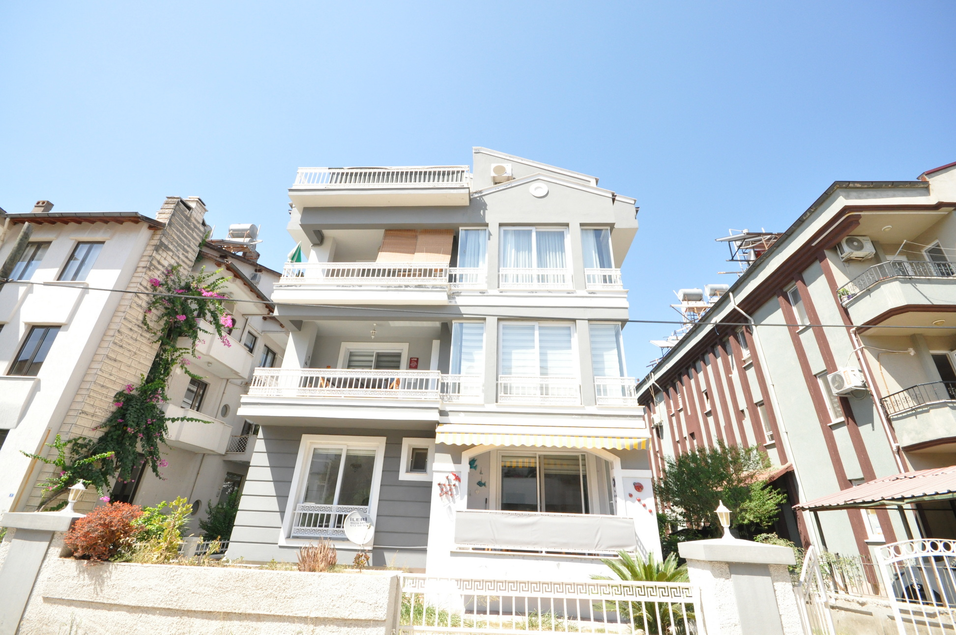 Centrally Located 4 Bedroom Duplex Apartment for Sale