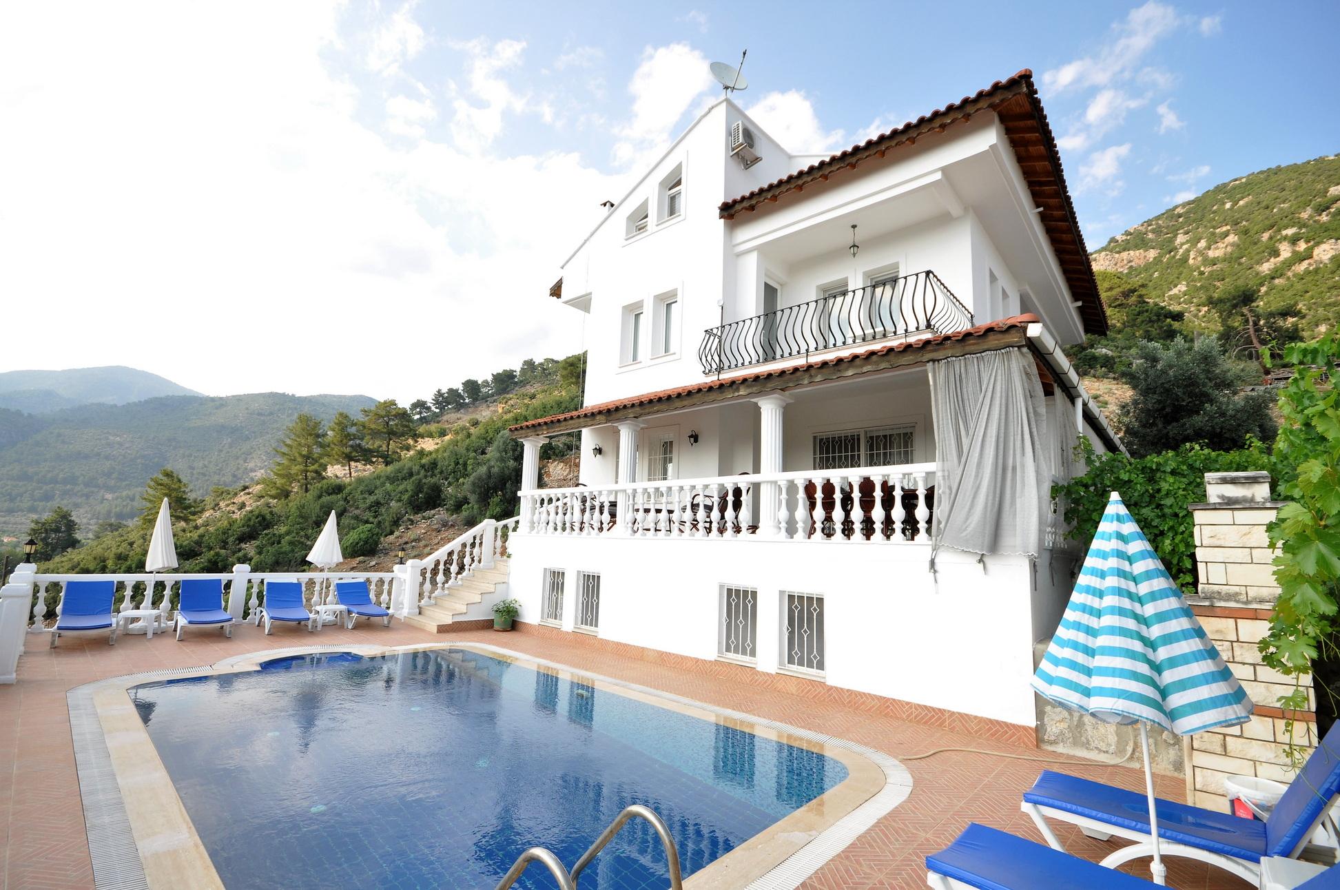 8 Bedroom Detached Villa with Pool in Uzumlu For Sale